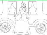 Раскраски: Принцесса у кареты