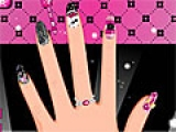 Draculaura's Manicure