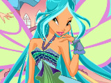 Winx Club Fashion Bloom vs. Flora
