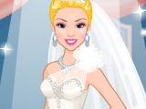 Барби шьет свадебное платье