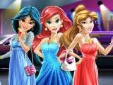 Игра Принцессы Диснея идут на выпускной бал