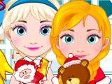 Маленькие Эльза и Анна закупаются к рождеству
