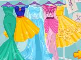 Модный показ нарядов из сказок