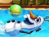 Олаф в бассейне